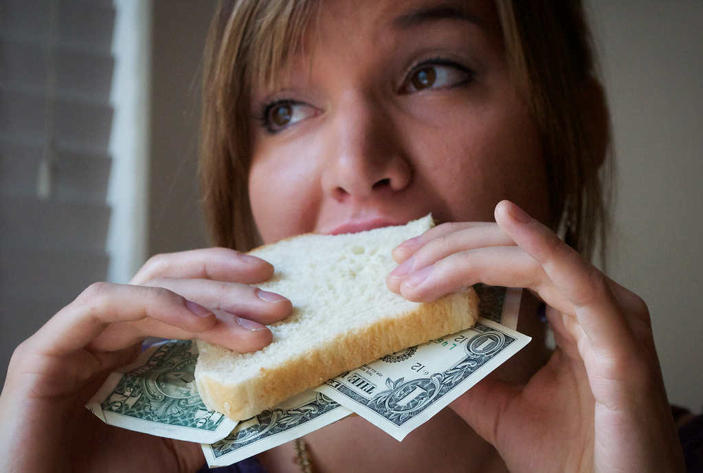 Save Money on Groceries: 5 Tips for Cutting the Weekly Shopping Bill